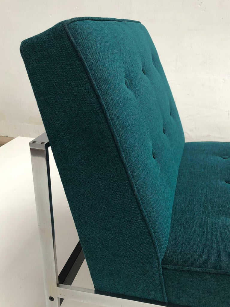Rare pair of lounge chairs by Dutch designer Kho Liang Ie for the company Artifort Kho Liang Ie joined Artifort in 1958, as estethic advisor to guide Artifort into a modern company He was also the one that attracted designers like Pierre Paulin