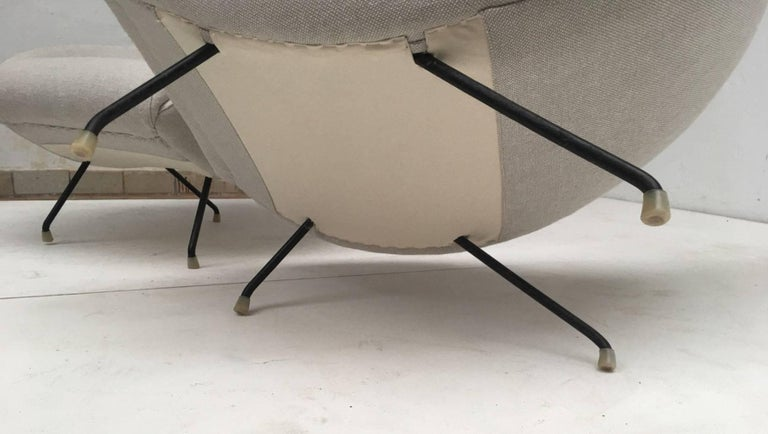 Steel Beautiful Restored Italian Sculptural Mantis Form Lounge Chairs, 1950-1955 For Sale