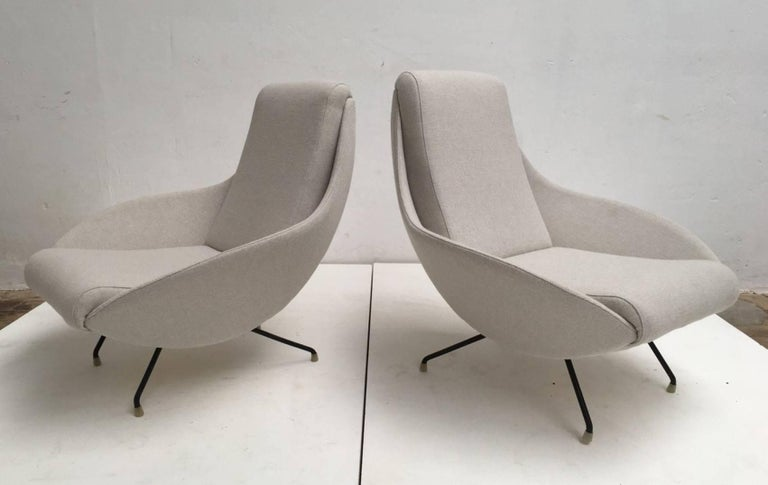 Beautiful Restored Italian Sculptural Mantis Form Lounge Chairs, 1950-1955 For Sale 1