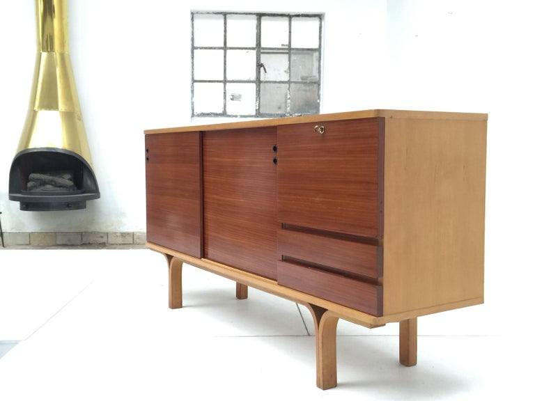 Stunning Ash and Mahogany Credenza Bar by J.A Motte, 1954 for Group 4 Charron For Sale 1