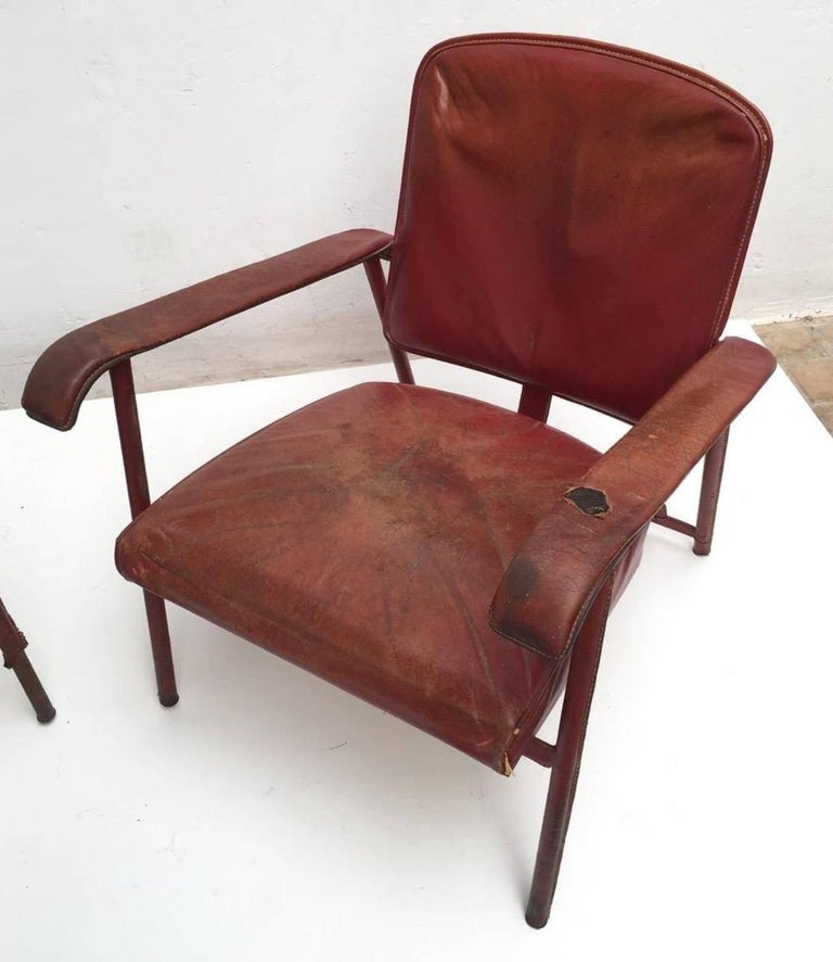Rare Pair of Original Vintage Leather Adnet Lounge Chairs, France, 1950s For Sale 1