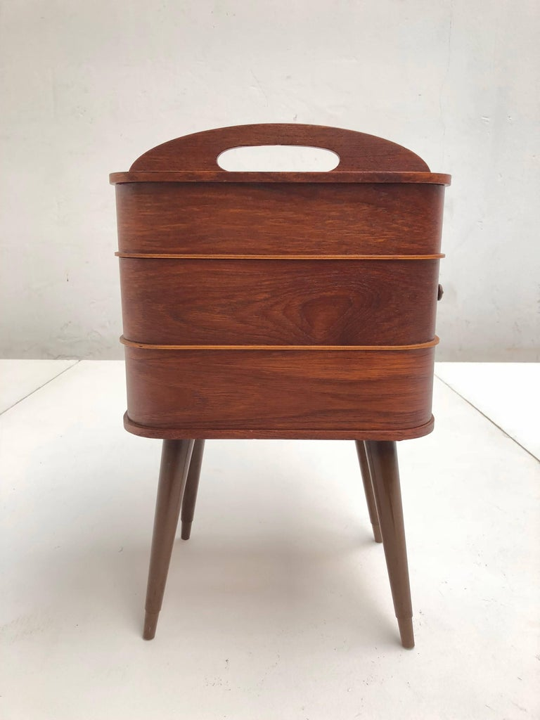 Adorable Danish Teak Plywood Sewing Box Distributed by Pastoe in the 1950s For Sale 3