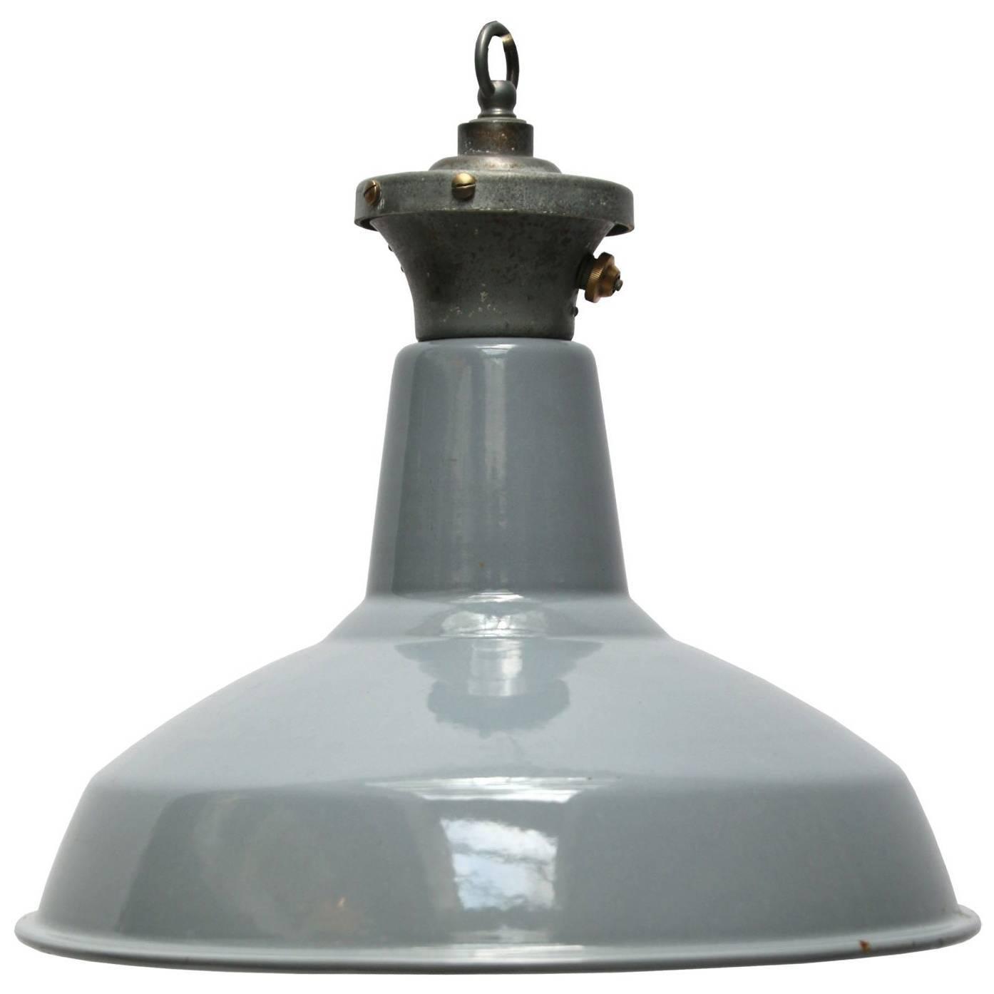 Gray Enamel British Vintage Industrial Pendant Lights (210x)