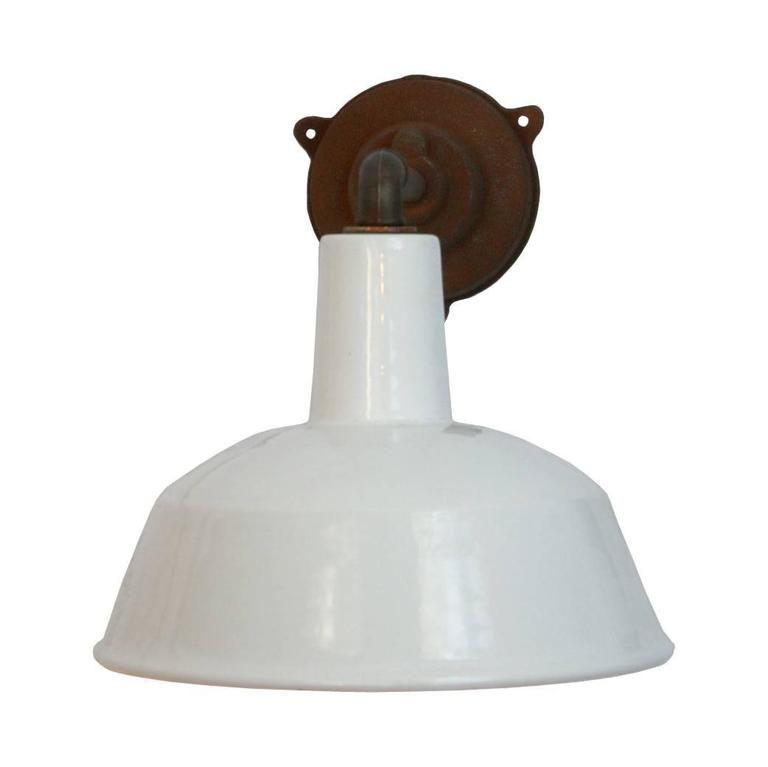 White Vintage Industrial Wall Lights White Enamel Shade (115x) For Sale at 1stdibs