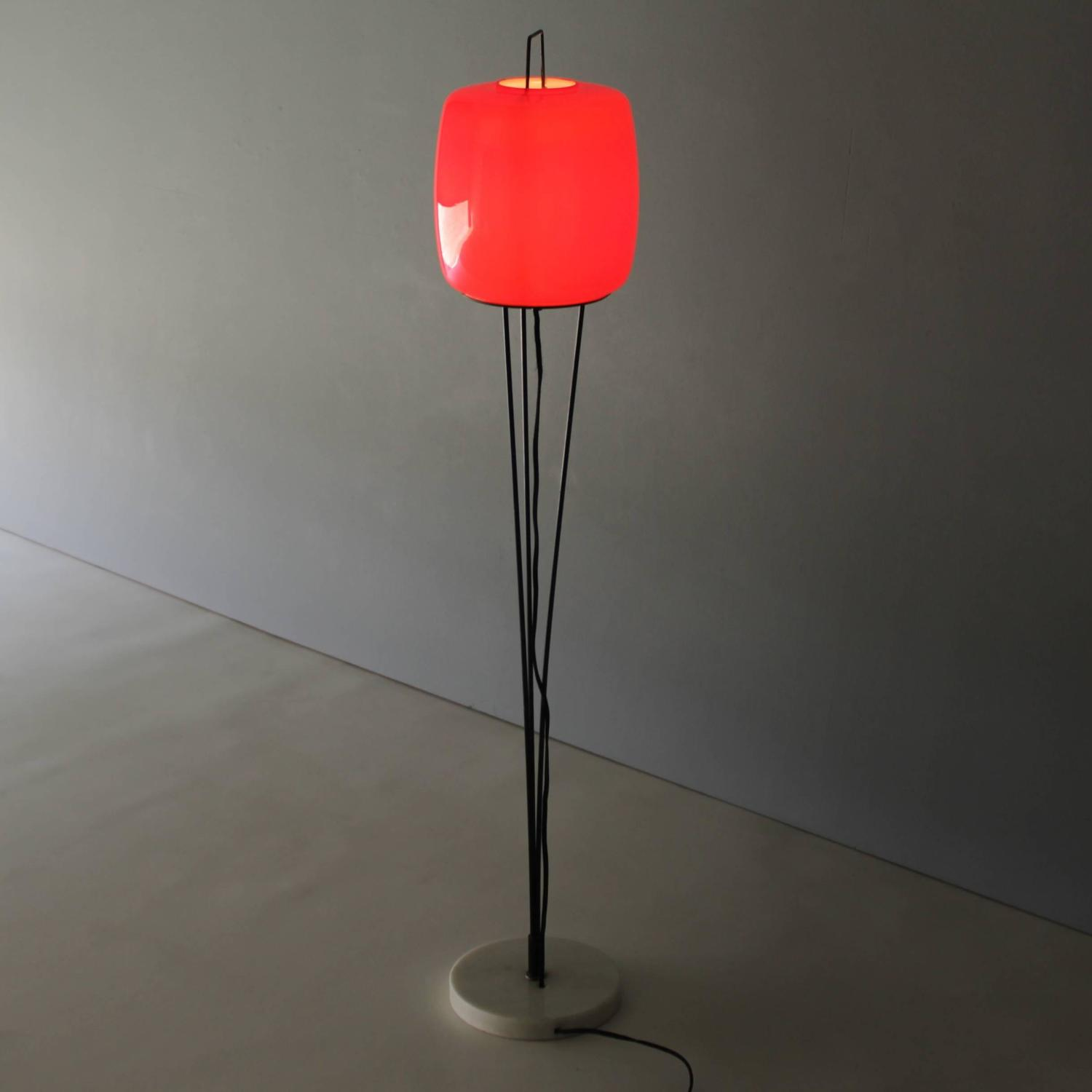 stilnovo floor lamp with murano glass shade at 1stdibs. Black Bedroom Furniture Sets. Home Design Ideas