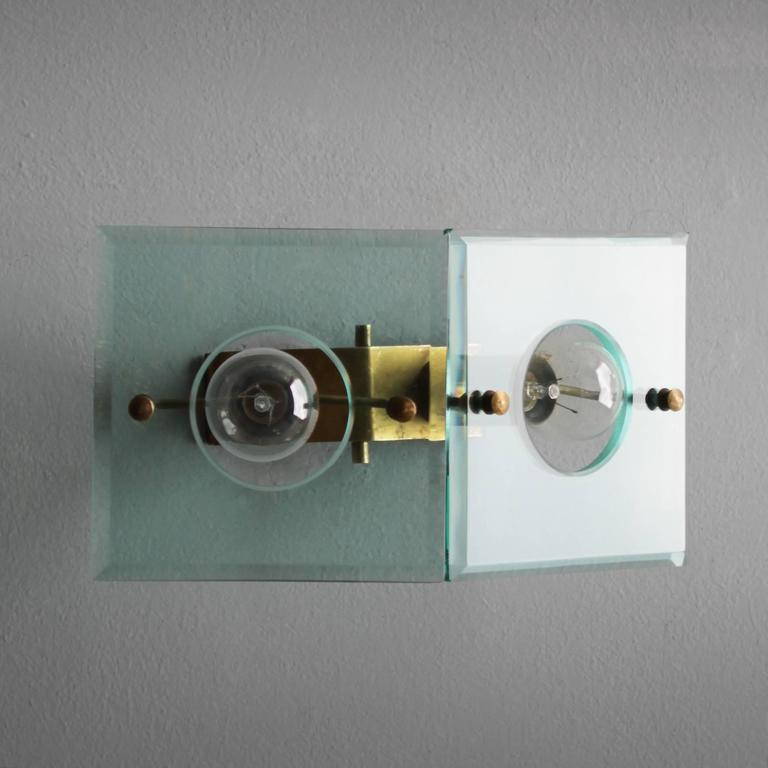 Italian Brass and Cut-Glass Sconce by Arredoluce For Sale 2