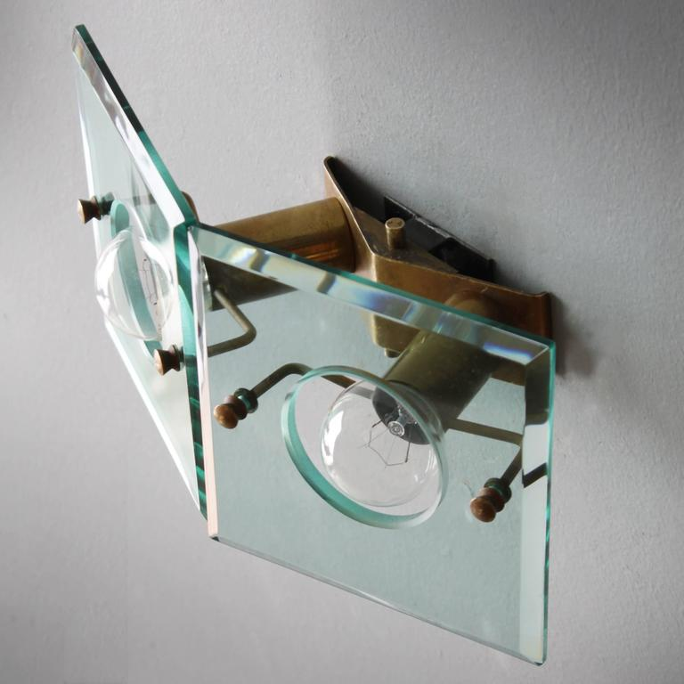Italian Brass and Cut-Glass Sconce by Arredoluce In Good Condition For Sale In JM Haarlem, NL