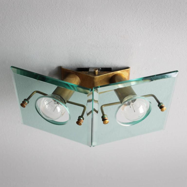 Italian Brass and Cut-Glass Sconce by Arredoluce For Sale 3