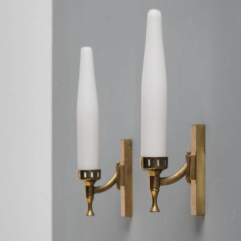 Pair of Italian Sconces Attributed to Arredoluce In Good Condition For Sale In JM Haarlem, NL
