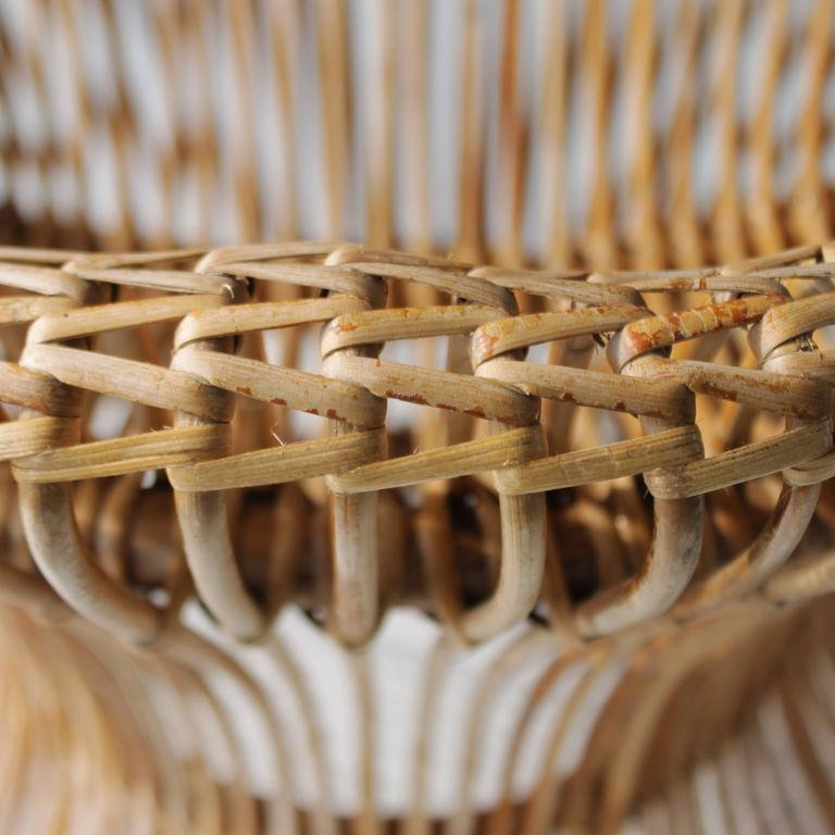 Pair of Rattan Italian Chairs Attributed to Franco Albini For Sale 2