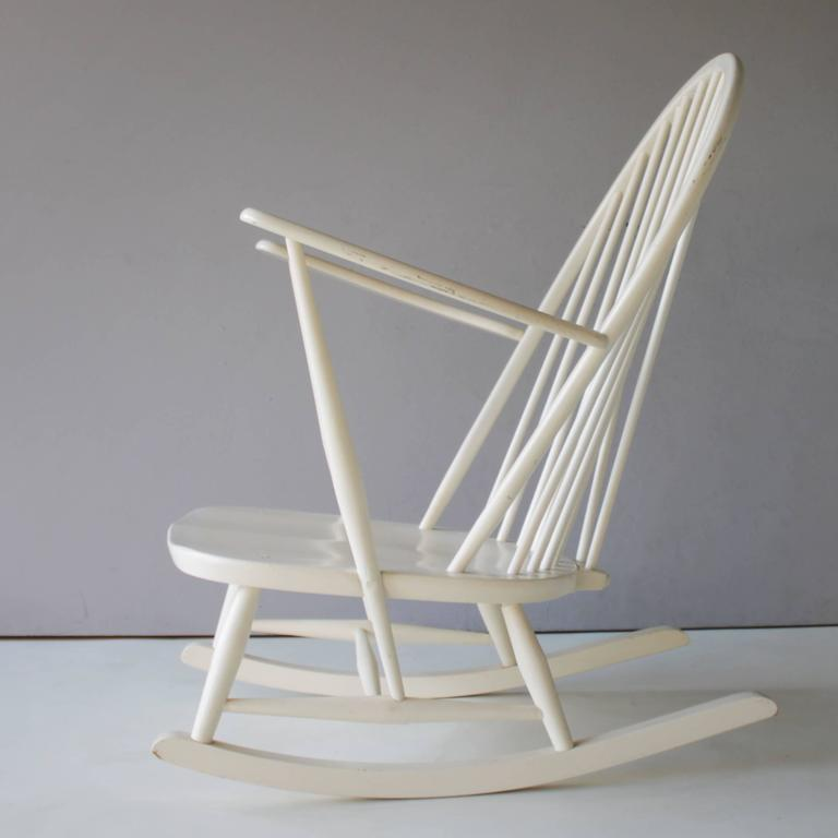 Rocking Chair by Lucian Ercolani for Ercol In Good Condition For Sale In JM Haarlem, NL