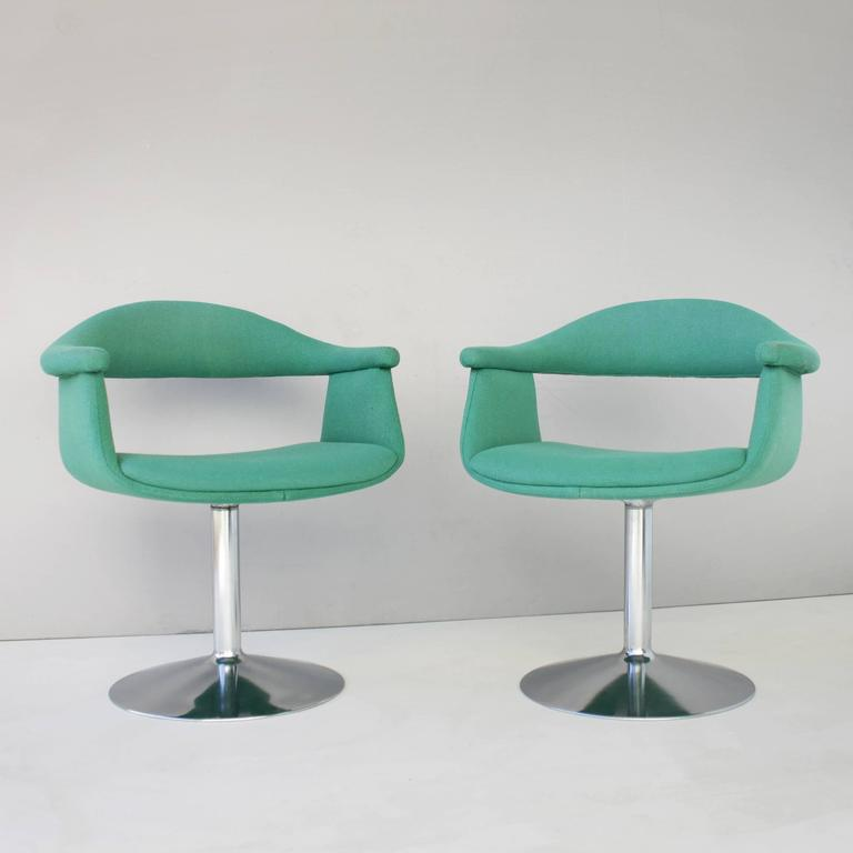Six 39 captain 39 s 39 swivel chairs by eero aarnio for asko for Recliners that look like chairs