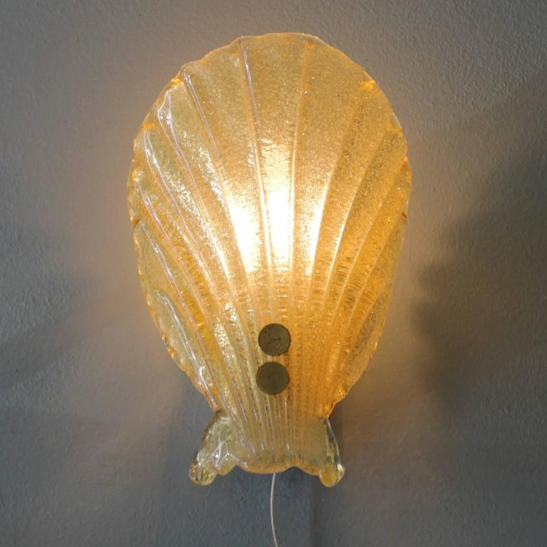 Small Gold Wall Lights : Gold Fleck Sconce in the Manner of Barovier e Toso For Sale at 1stdibs