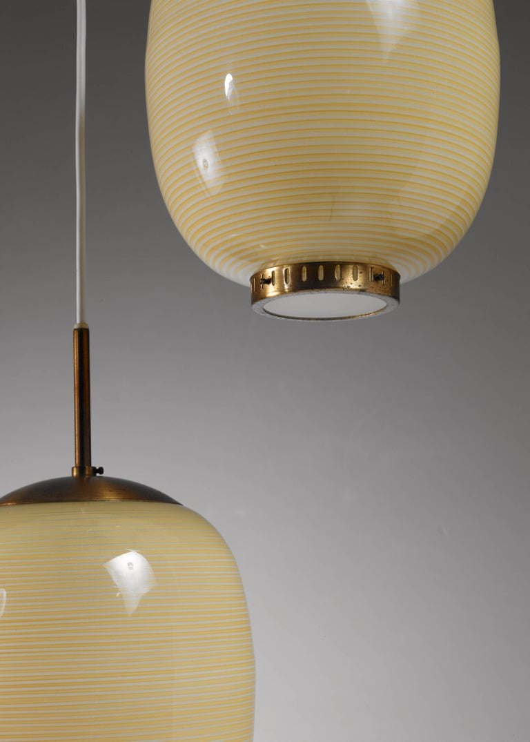 Rare Bent Karlby Striped Glass Chandelier, Denmark, 1950s In Good Condition For Sale In Maastricht, NL