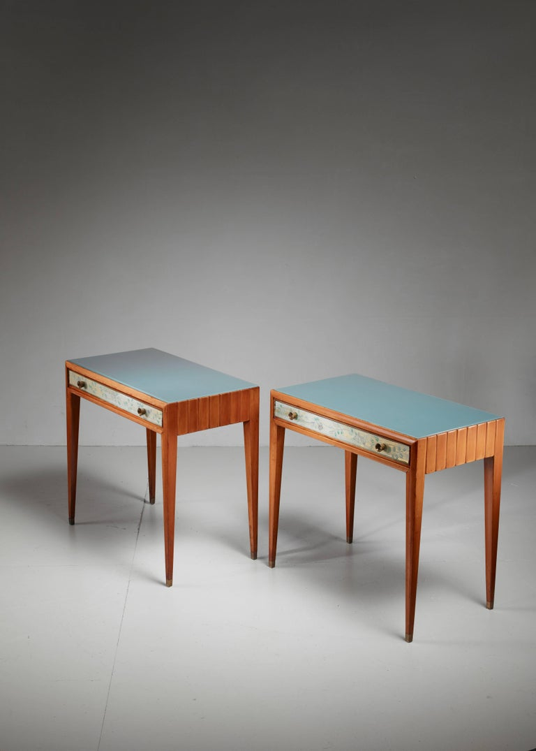 Osvaldo Borsani Unique Pair of End Tables, Italy, 1930s In Excellent Condition For Sale In Amsterdam, NL