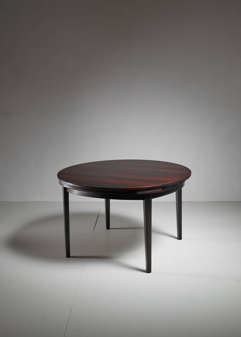 Scandinavian Modern Dyrlund Flip-Flap Lotus Dining Table, Denmark, 1960s For Sale