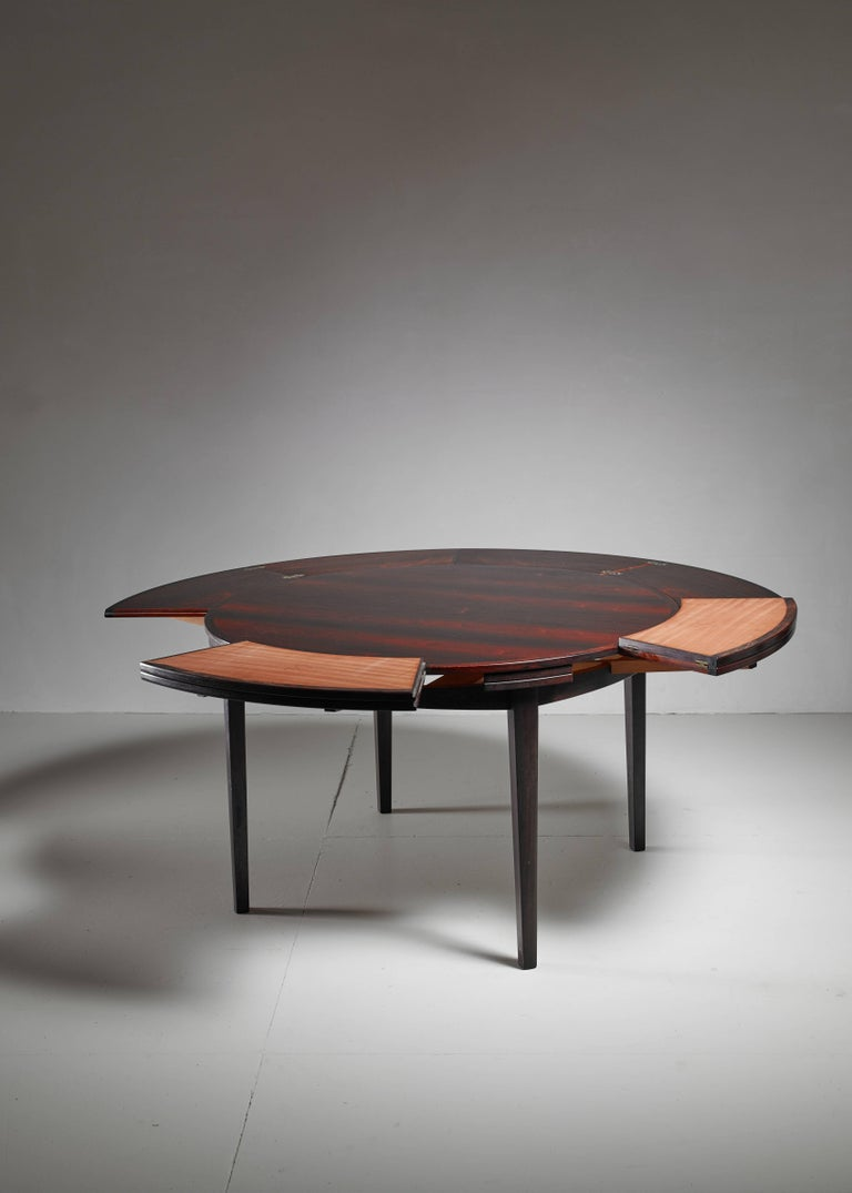Mid-20th Century Dyrlund Flip-Flap Lotus Dining Table, Denmark, 1960s For Sale