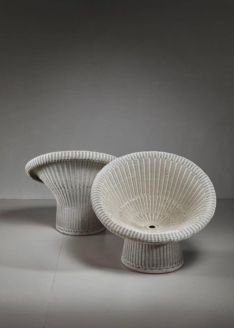 Egon Eiermann Pair of E10 Wicker Chairs, Germany In Excellent Condition For Sale In Maastricht, NL