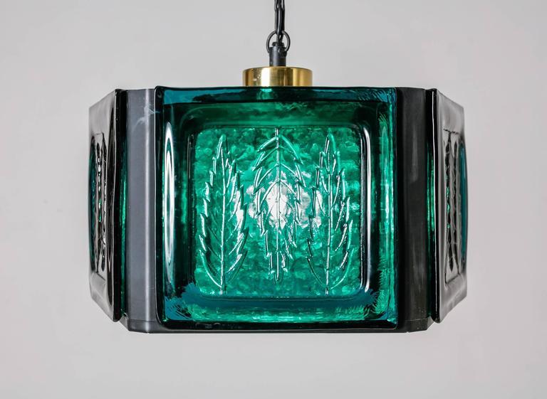 Scandinavian Modern Erik Hoglund blue glass pentagonal pendant for Kosta Boda, Sweden, 1960s For Sale