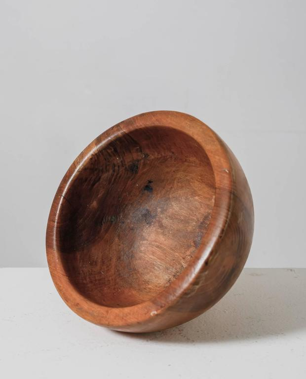 Pair of Sculptural Wooden Bowls, France, 1950s For Sale 1