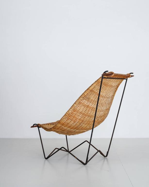 Mid-Century Modern John Risley Metal and Rattan Duyan Lounge Chair, USA, 1950s For Sale