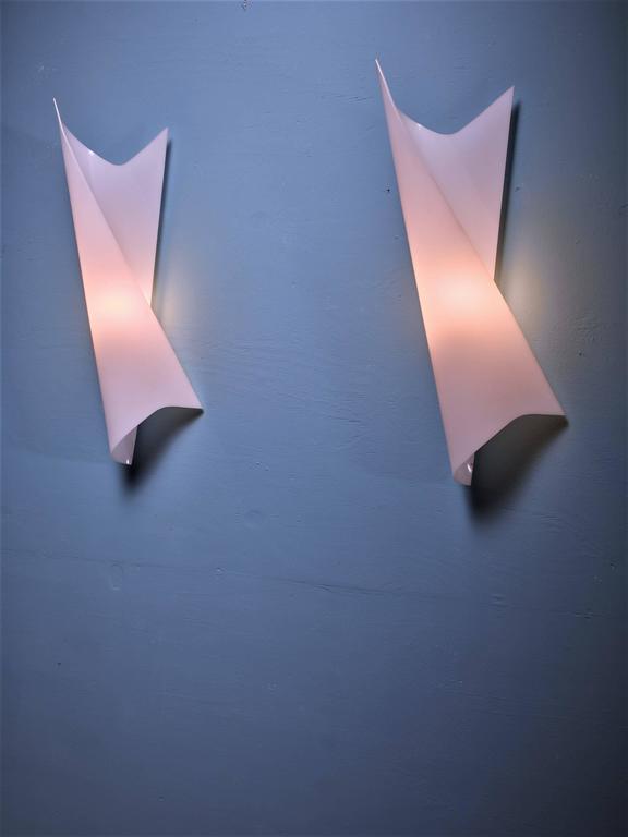 Bertil Brisborg Extra Large White Plexiglass Swirl Wall Lamps, Sweden, 1950s 3