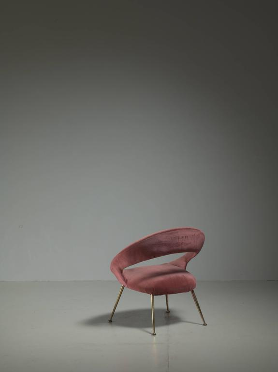 Mid-20th Century Italian Side Chair in Soft Pink Velours, 1950s For Sale