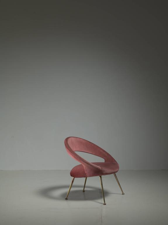 Mid-Century Modern Italian Side Chair in Soft Pink Velours, 1950s For Sale