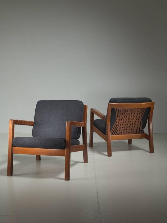 Carl Gustav Hiort af Ornäs Pair Oak and Leather Armchairs, Finland, 1950s 3