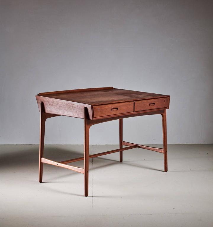 Svend Aage Madsen Freestanding Desk for Sigurd Hansen, Denmark, 1950s 2