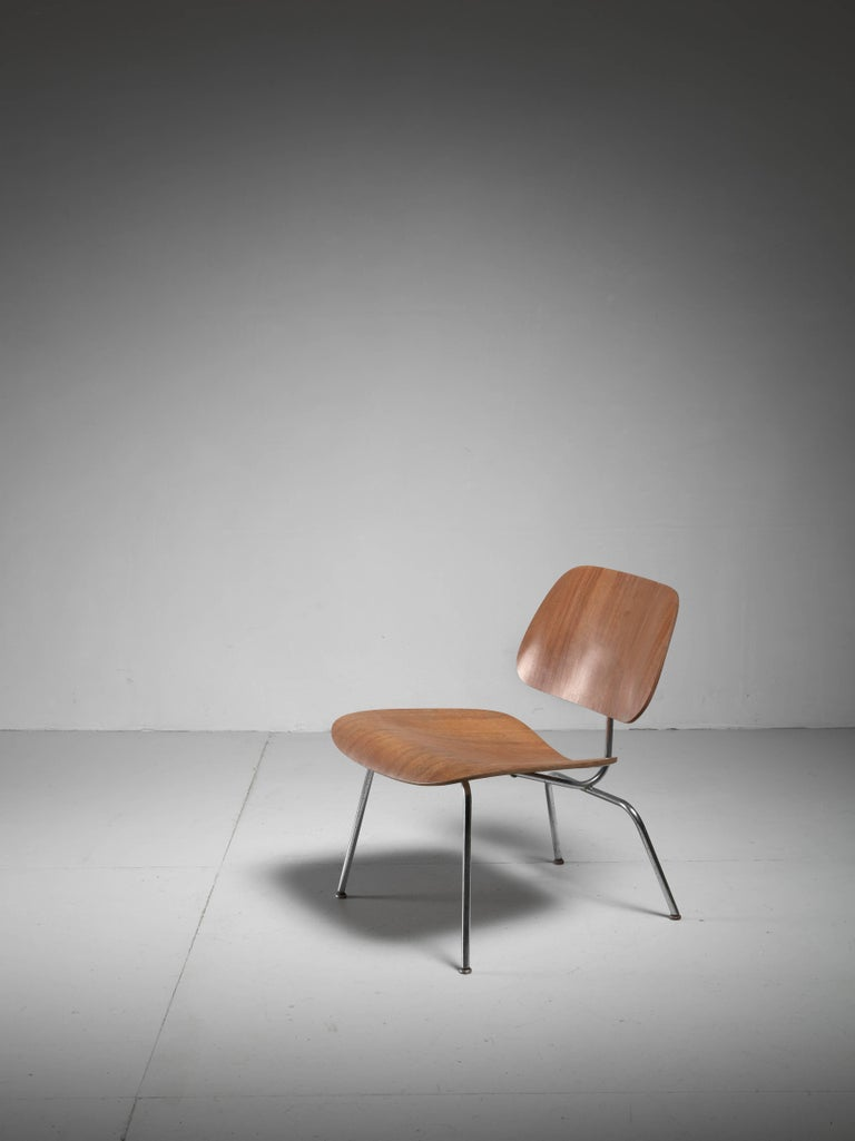 LCM Chair in Walnut by Charles Eames for Herman Miller, 1950s 2