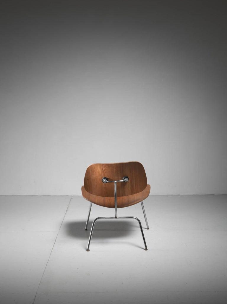 LCM Chair in Walnut by Charles Eames for Herman Miller, 1950s 4