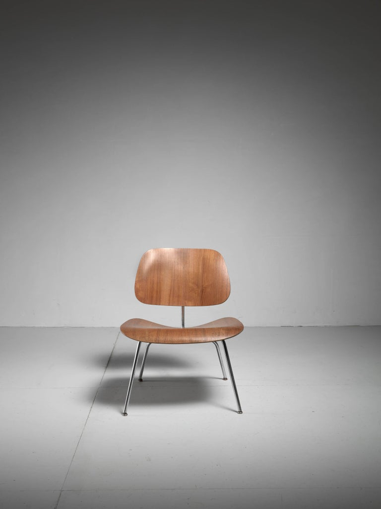LCM Chair in Walnut by Charles Eames for Herman Miller, 1950s 5
