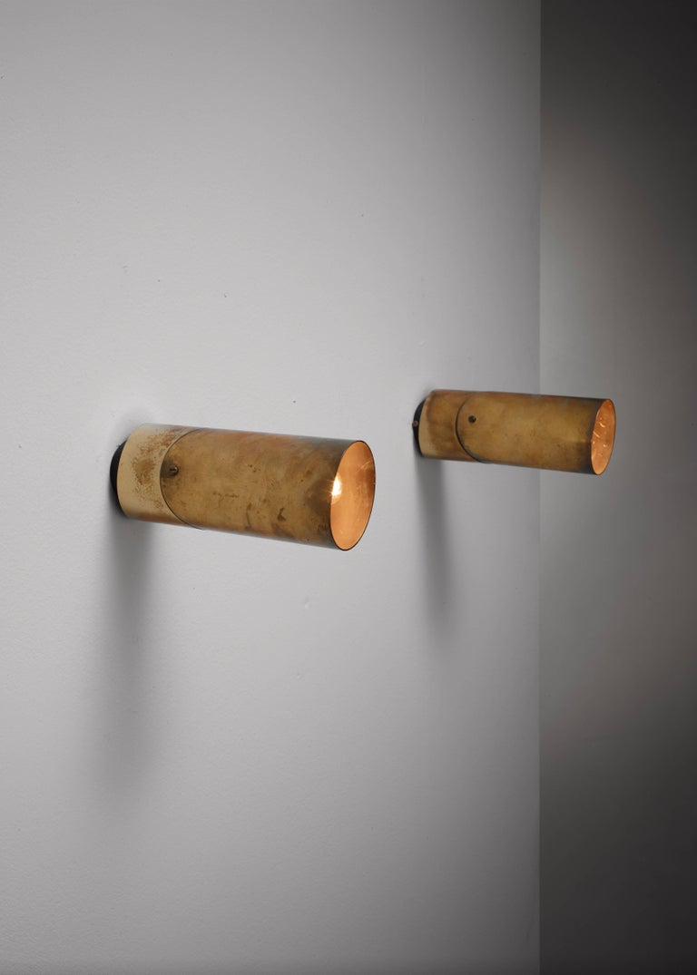 Mid-20th Century Pair of Arredoluce Brass Wall Lamps, Italy, 1950s For Sale