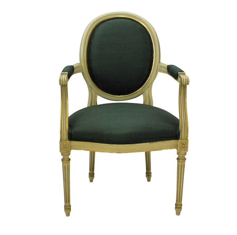 Mid-Century Modern Pair of French Painted and Gilded Armchairs For Sale