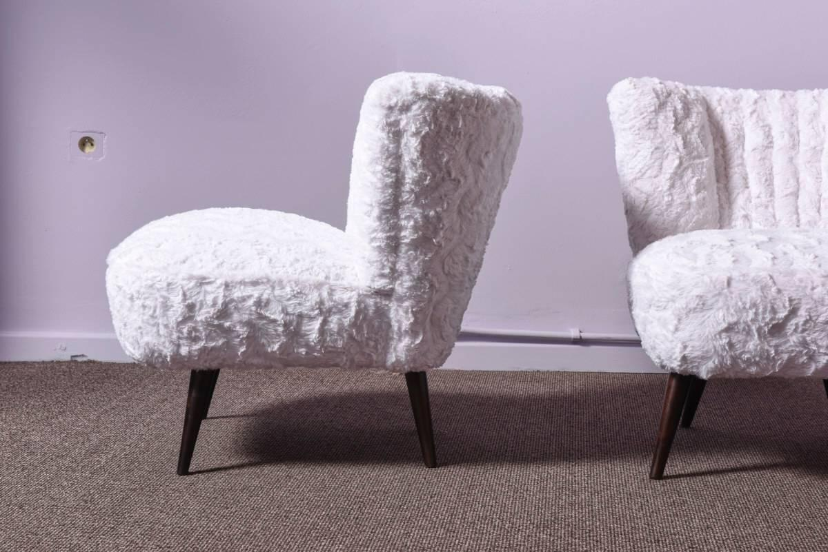 Pair of cocktail chairs in faux fur for sale at 1stdibs for Lounge sofa fur terrasse
