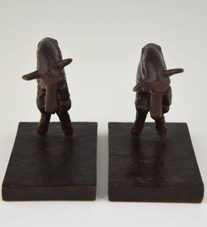 Art Deco Bronze Lamb Bookends by Paul Silvestre, 1930 France In Excellent Condition For Sale In Antwerp, BE