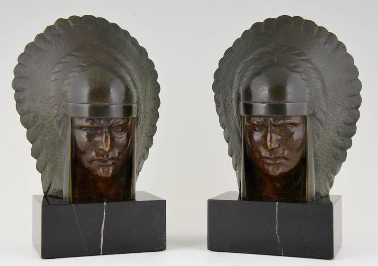 20th Century Art Deco Bronze Indian Head Bookends Georges Garreau, 1930 France For Sale