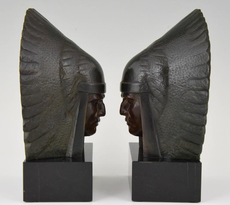 Art Deco Bronze Indian Head Bookends Georges Garreau, 1930 France In Excellent Condition For Sale In Antwerp, BE