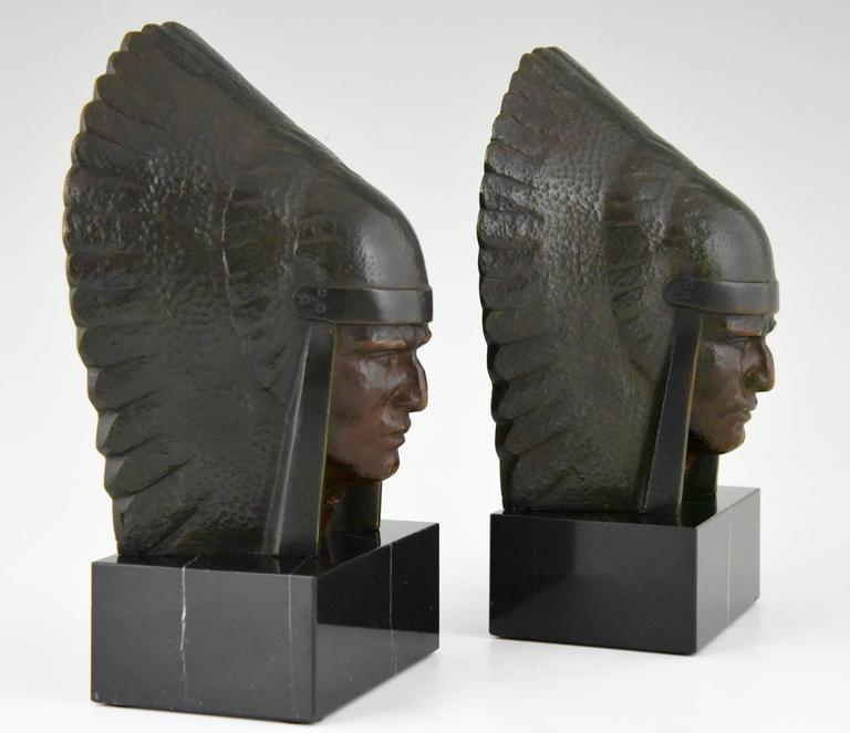 French Art Deco Bronze Indian Head Bookends Georges Garreau, 1930 France For Sale