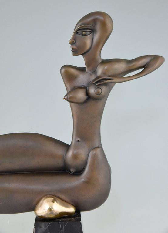 Patinated Modern Bronze Sculpture of a Nude Paul Wunderlich Signed and Numbered For Sale