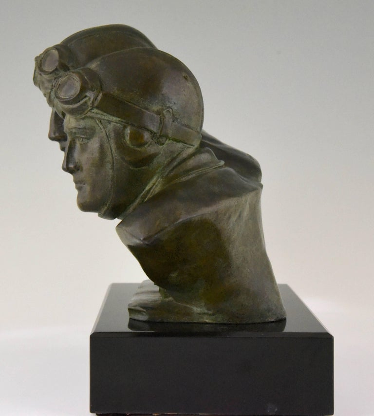 Art Deco Bronze Sculpture Bust of Two Pilots Aviators Costes and Bellonte France In Good Condition For Sale In Antwerp, BE