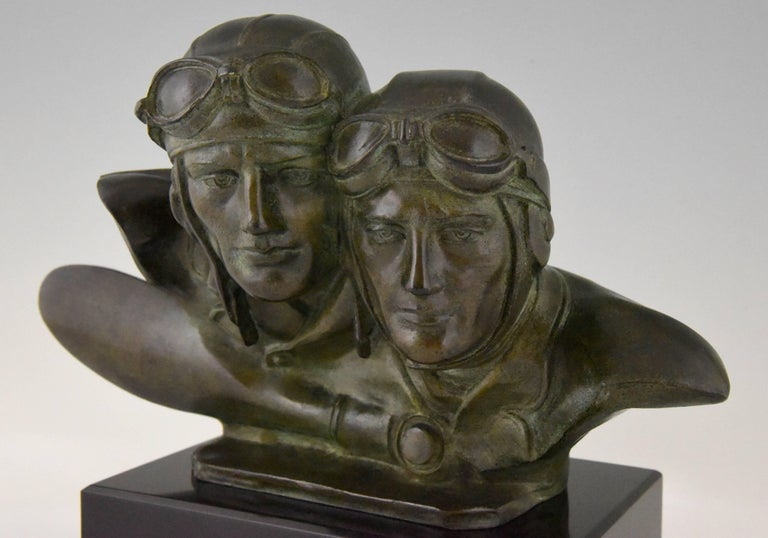 Art Deco Bronze Sculpture Bust of Two Pilots Aviators Costes and Bellonte France For Sale 3