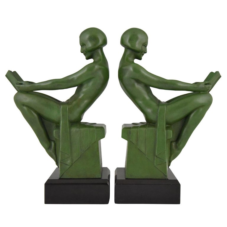 Art Deco Bookends Reading Nudes Max Le Verrier France 1930 Art Meal Green Patina For Sale