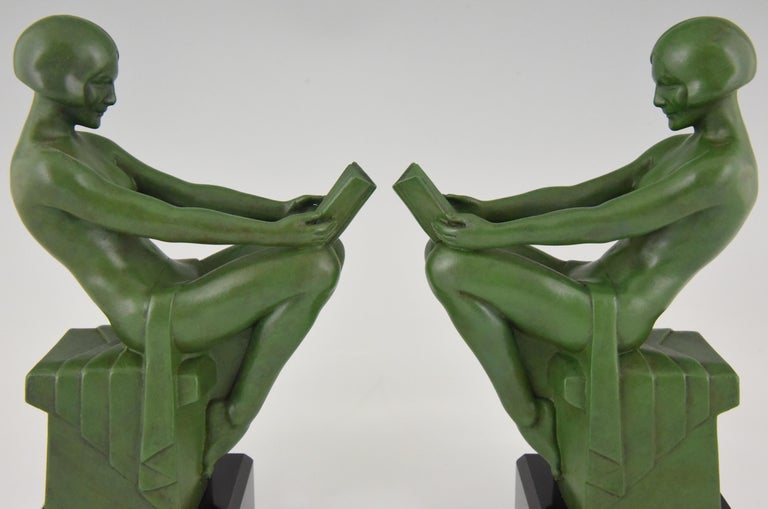 Art Deco Bookends Reading Nudes Max Le Verrier France 1930 Art Meal Green Patina For Sale 3
