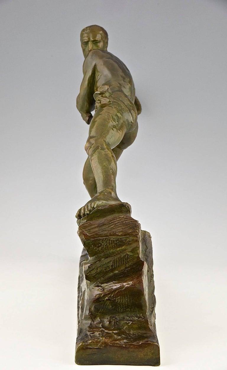 Patinated Art Deco Bronze Sculpture Athlete Male Nude Pierre Le Faguays, 1930, France For Sale