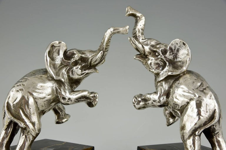 20th Century Art Deco silvered Bronze Elephant Bookends by Fontinelle, 1930 France For Sale