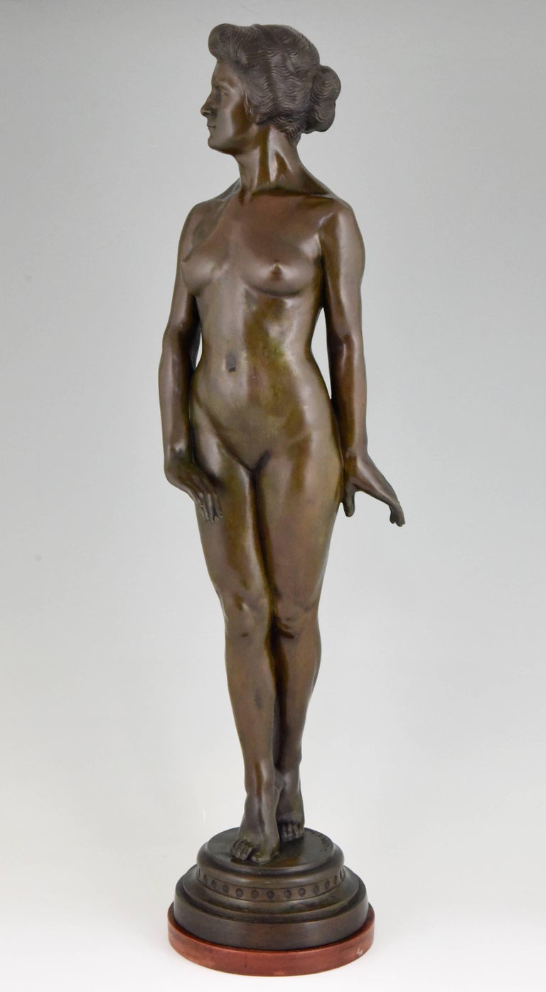 Art Deco bronze sculpture of a standing nude. Artist/ maker: Wilhelm Oskar Prack (born in Germany 1869) Signature/ marks: W. O. Prack Style: Art Deco. Condition: Very good. Date: 1930. Material: Patinated bronze. Wooden base. Origin: