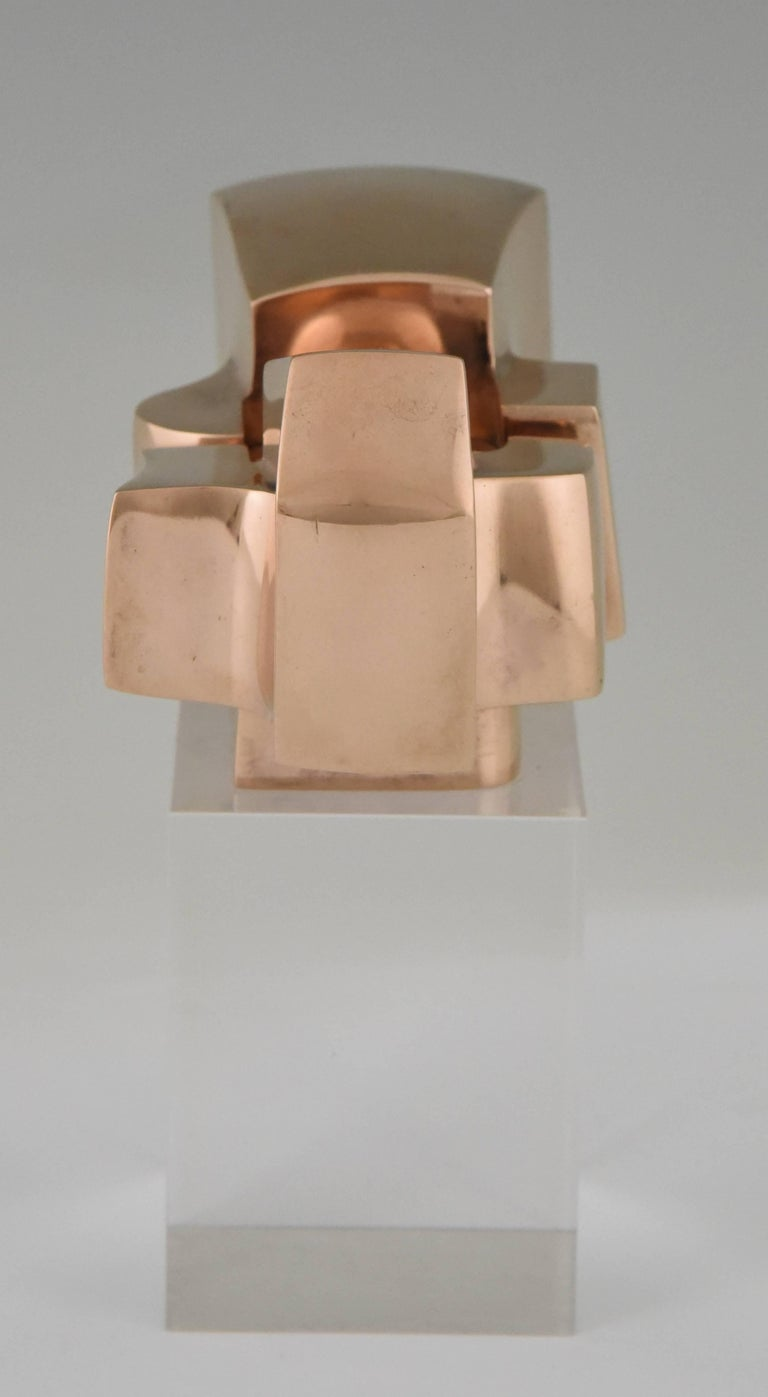 Bronze Abstract Sculpture on Plexiglass Base by José Luis Sanchez 1970 In Good Condition For Sale In Antwerp, BE