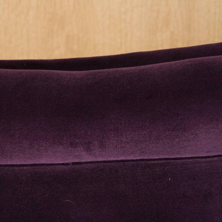 Curved Italian Sofa in Aubergine Velvet For Sale 4